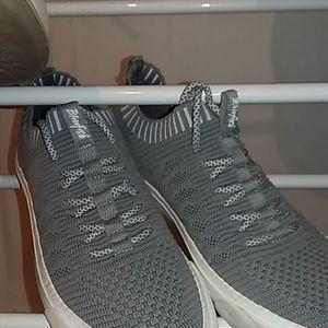 Blowfish sneakers women's size womens 8 or 8.5 US